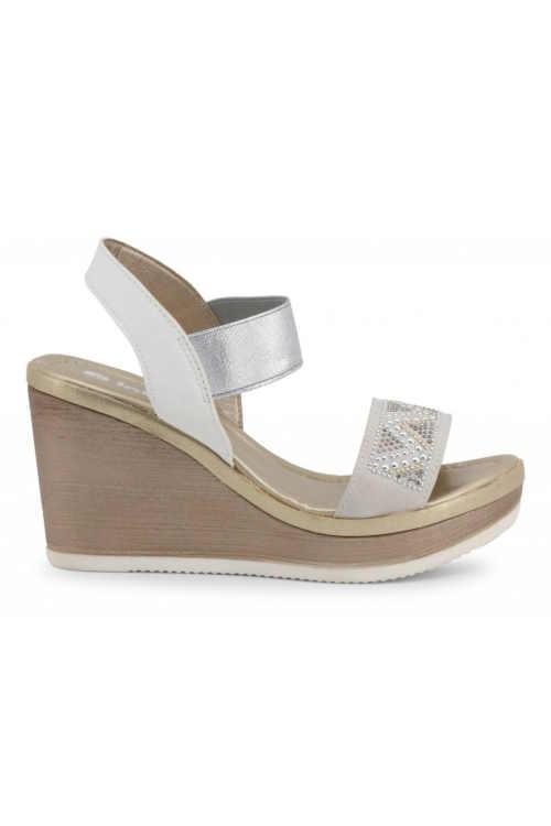 Trendy dámské páskové sandály na klínu