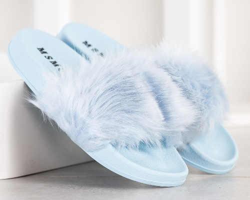 Chlupaté dámské papuče levně