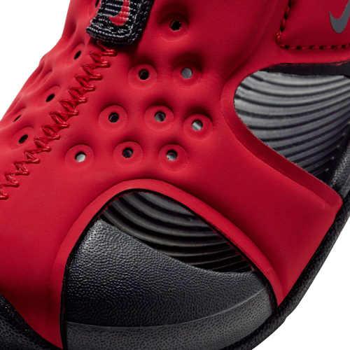 Dívčí letní sandálky Nike v červené barvě