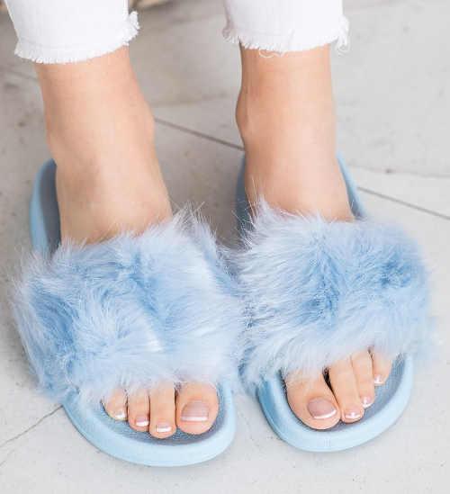 Modré chlupaté dámské domácí bačkory