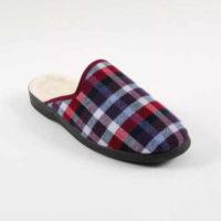 Pánská domácí obuv v moderním károvaném vzoru