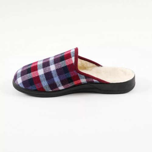 pánské pantofle v kostkovaném vzoru