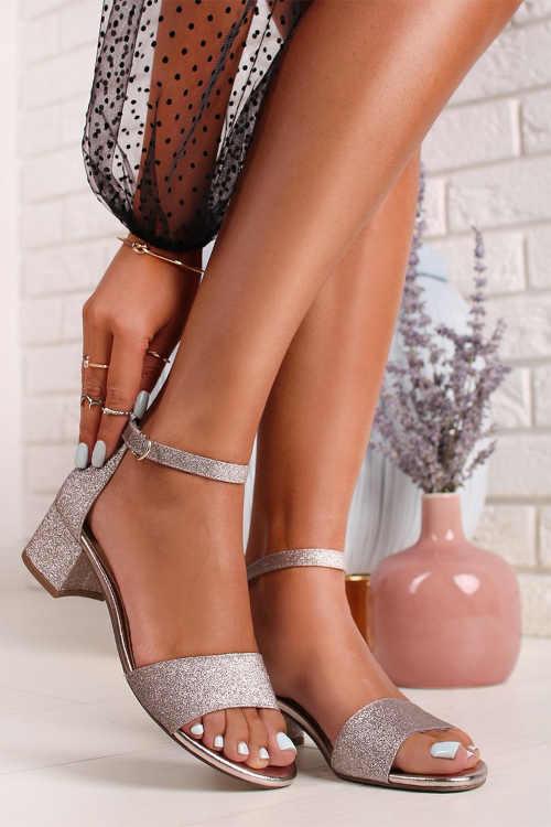 Dámské sandálky na širokém komfortním podpatku