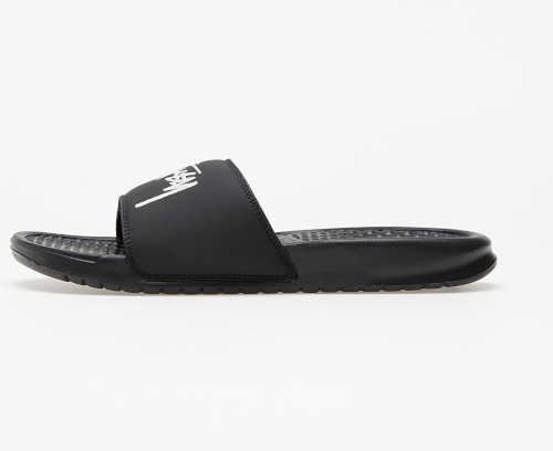 Moderní pánské letní pantofle