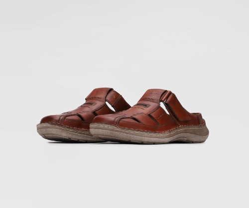 hnědé pánské kožené pantofle