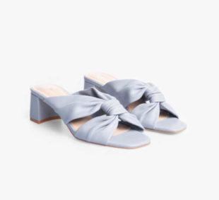moderní dámské pantofle v modrém provedení