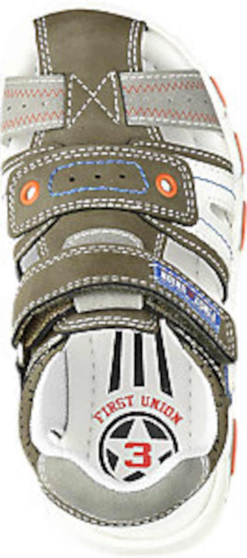 páskové klučičí sandály v moderním designu