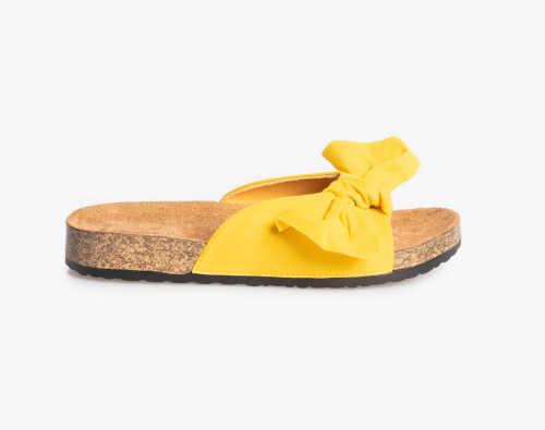 Žluté dámské pantofle zdobené mašlí