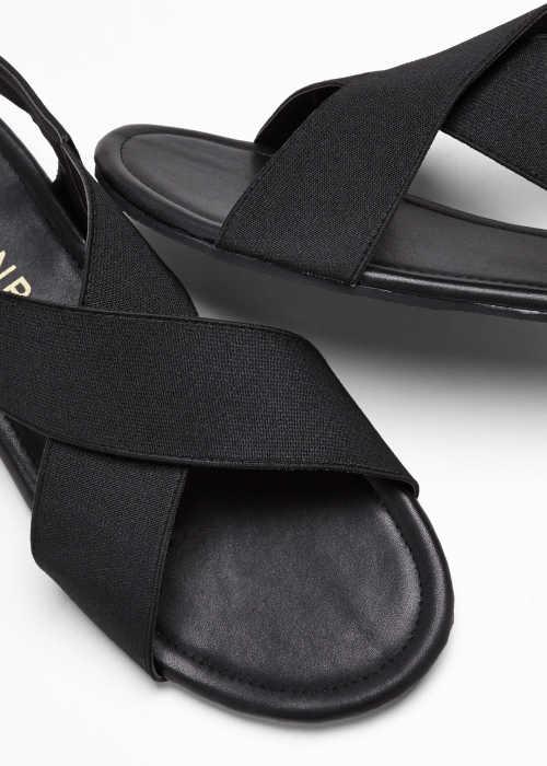 moderní páskové dámské sandály