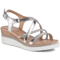 Elegantní páskové sandály na klínu