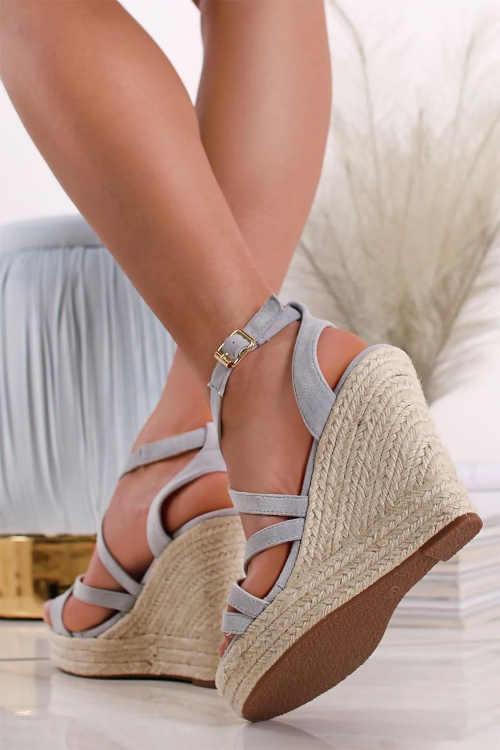 klínové sandály světle modré